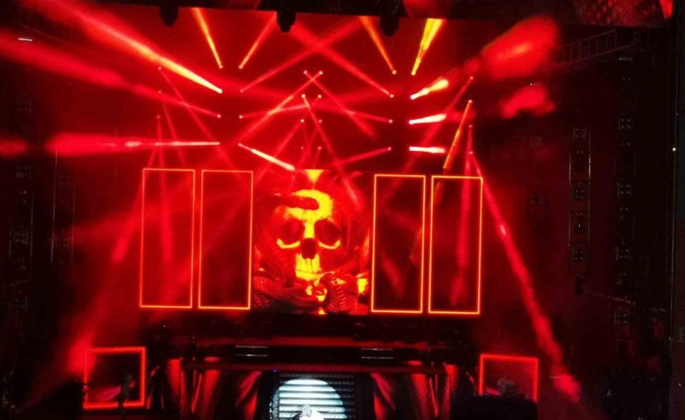 Anuel AA en concierto Festival Cochabamba 2020 cantando China